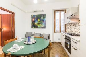 Amaseo - The Place Apartments - AbcAlberghi.com