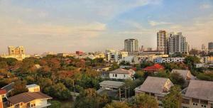 Mattani Suites, Апартаменты  Бангкок - big - 9