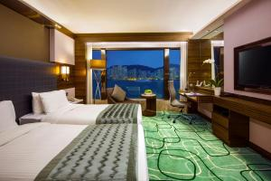 King or Twin Room with Harbour View and Executive Lounge Access