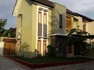 Tahnia Home, Nyaralók  Yogyakarta - big - 4