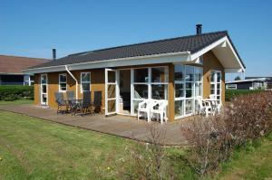 Holiday Home close to the beach Vestmarksvej 098524