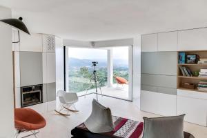 Magnificent contemporary villa Esterel Massif, Villák  Fréjus - big - 55