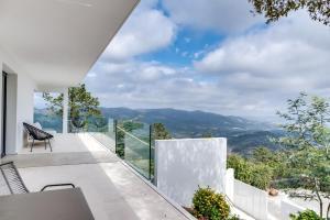 Magnificent contemporary villa Esterel Massif, Villák  Fréjus - big - 49