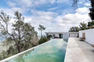Magnificent contemporary villa Esterel Massif, Villák  Fréjus - big - 70