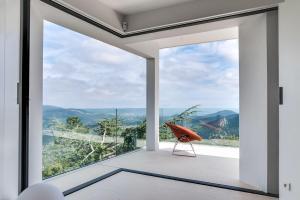 Magnificent contemporary villa Esterel Massif, Villák  Fréjus - big - 69