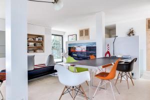 Magnificent contemporary villa Esterel Massif, Villák  Fréjus - big - 68