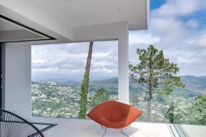 Magnificent contemporary villa Esterel Massif, Villák  Fréjus - big - 64
