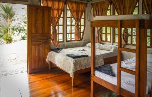 Trogon Double Bed in Shared Co-ed Cabana