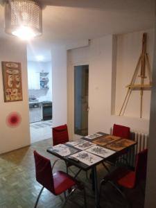 Art studio, Appartamenti  Belgrado - big - 8