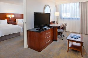 Los Angeles Marriott Burbank Airport, Hotel  Burbank - big - 5