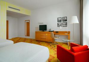 Deluxe Grand King or Two Double Room