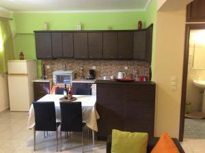 Modern Basement Apartment Gio Ii, Apartmány  Zakynthos Town - big - 2