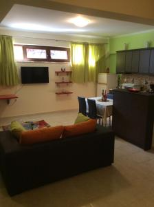 Modern Basement Apartment Gio Ii, Apartmány  Zakynthos Town - big - 11