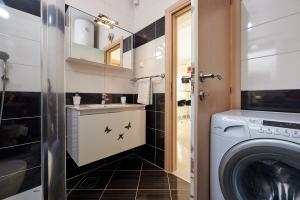 4* M&M Luxury apartment (FREE parking), Apartments  Trogir - big - 14