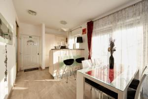 4* M&M Luxury apartment (FREE parking), Apartments  Trogir - big - 1