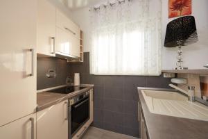 4* M&M Luxury apartment (FREE parking), Apartments  Trogir - big - 19
