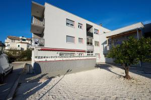 4* M&M Luxury apartment (FREE parking), Apartments  Trogir - big - 28