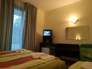 Russalka Hotel, Hotels  St. St. Constantine and Helena - big - 33