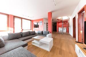 Gorgeous Duplex Apartments with Terrace