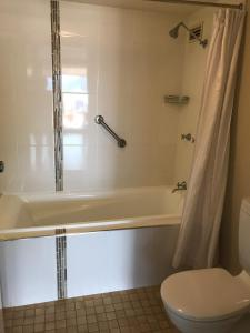 Coral Towers Holiday Suites, Apartmánové hotely  Cairns - big - 49