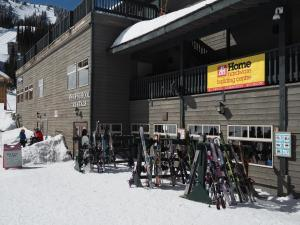 Apex Mountain Inn Suite 105-106 Condo, Apartmány  Apex Mountain - big - 13