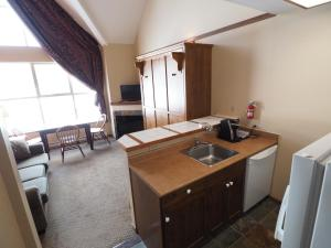 Apex Mountain Inn Suite 410 Condo, Апартаменты  Apex Mountain - big - 5