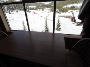 Apex Mountain Inn Suite 410 Condo, Апартаменты  Apex Mountain - big - 6