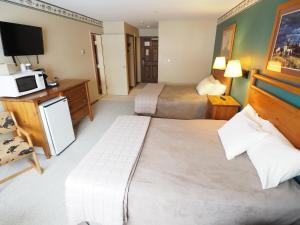 Apex Mountain Inn Suite 211-212 Condo, Апартаменты  Apex Mountain - big - 26