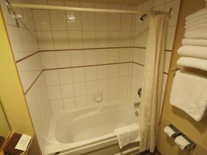 Apex Mountain Inn Suite 401-402 Condo, Apartmanok  Apex Mountain - big - 9