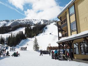 Apex Mountain Inn Suite 401-402 Condo, Apartmanok  Apex Mountain - big - 14