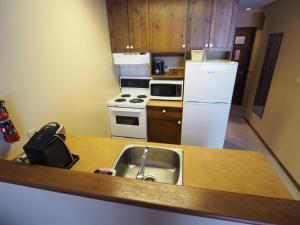 Apex Mountain Inn Suite 401-402 Condo, Apartmanok  Apex Mountain - big - 18