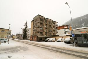 Talstrasse 24 - Buff, Apartments  Davos - big - 17