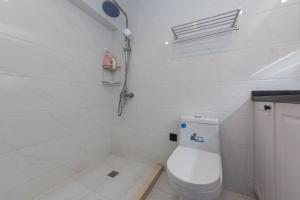 Henry's Apartment - South Maoming Road, Апартаменты  Шанхай - big - 8