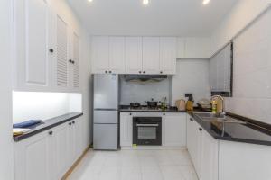 Henry's Apartment - South Maoming Road, Apartmanok  Sanghaj - big - 12