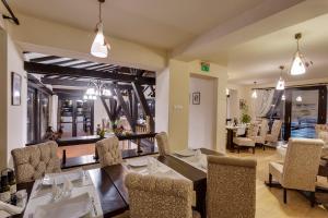 Casa Din Bran - Inn Cuisine, Pensionen  Bran - big - 17