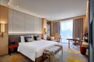 Luxury King Room with Premium Services