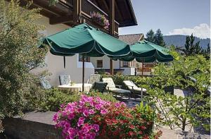 Garni Ingrid, Bed and Breakfasts  Dobbiaco - big - 43