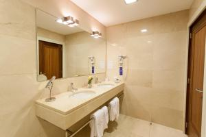 Hotel Bracara Augusta, Отели  Брага - big - 9