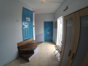 Cama en habitación compartida de 6 camas