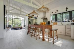 Magnifique villa avec piscine au Cap Feret, Dovolenkové domy  Cap-Ferret - big - 13