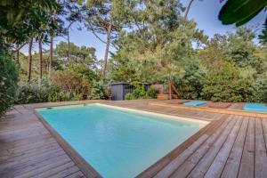 Magnifique villa avec piscine au Cap Feret, Dovolenkové domy  Cap-Ferret - big - 14