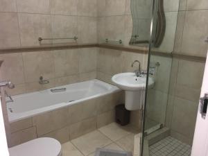 AYA LUXURY APARTMENTS 78, Apartmány  Durban - big - 6