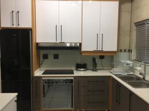 AYA LUXURY APARTMENTS 78, Apartmány  Durban - big - 16