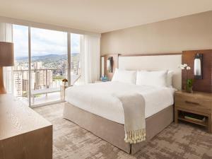 One Bedroom Partial Ocean View Suite