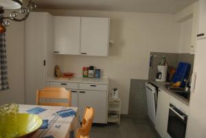 Ferienwohnung, Apartmanok  Klosters Serneus - big - 6