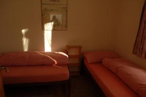 Ferienwohnung, Apartmanok  Klosters Serneus - big - 5