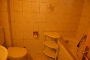 Ferienwohnung, Appartamenti  Klosters Serneus - big - 3