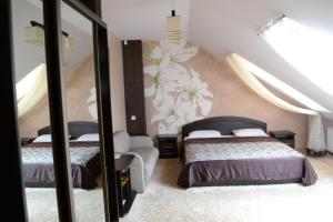 Leibova Gora, Bed and breakfasts  Zhuraky - big - 6