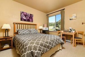 Sun Meadows 4-208A Condo - Apartment - Kirkwood