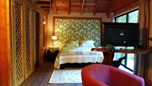 Hotel Salto del Carileufu, Hotely  Pucón - big - 167